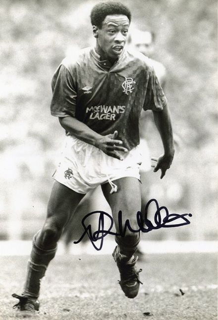 Mark Walters, Rangers, signed 12x8 inch photo.